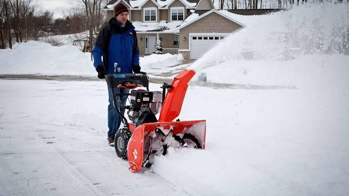 Самоходные снегоуборочные машины — как выбрать оптимальную