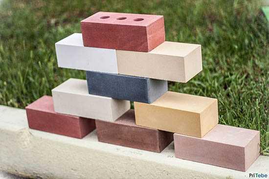 Облицовочный кирпич (112 фото): лицевой керамический кирпич цвета соломы, коричневый и персиковый декоративный материал для дома