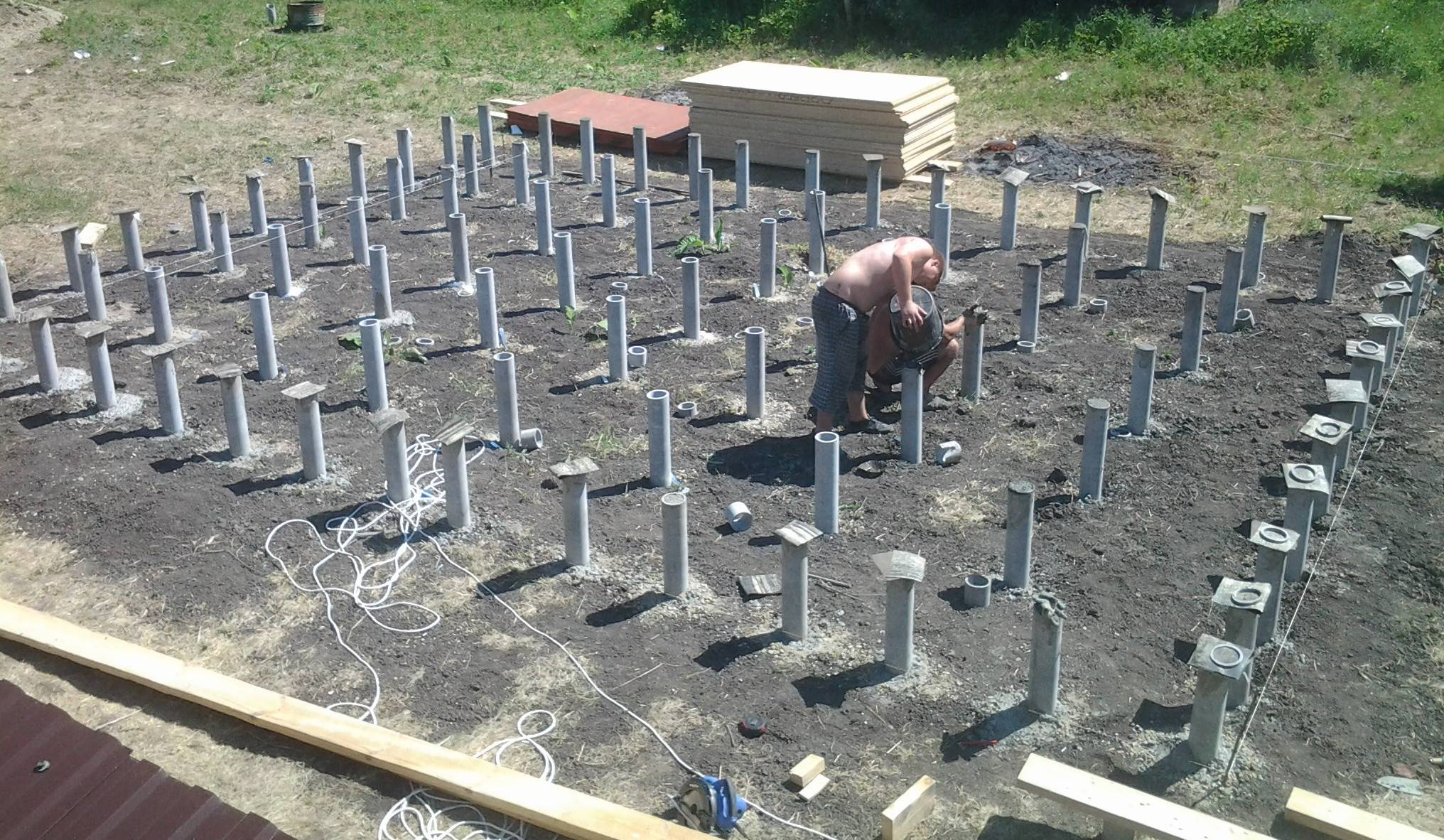 Столбчатый фундамент (71 фото): пошаговая инструкция по созданию своими руками, расчет опорной конструкции из пластиковых труб и варианты из блоков 20 х 20 х 40