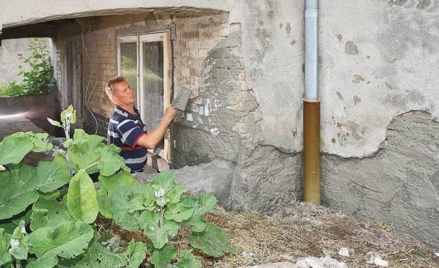 Что входит в капитальный ремонт многоквартирных домов в 2020: какие виды работ к нему относятся, и включает ли их перечень в себя вентиляцию, трубопровод и отмостки?