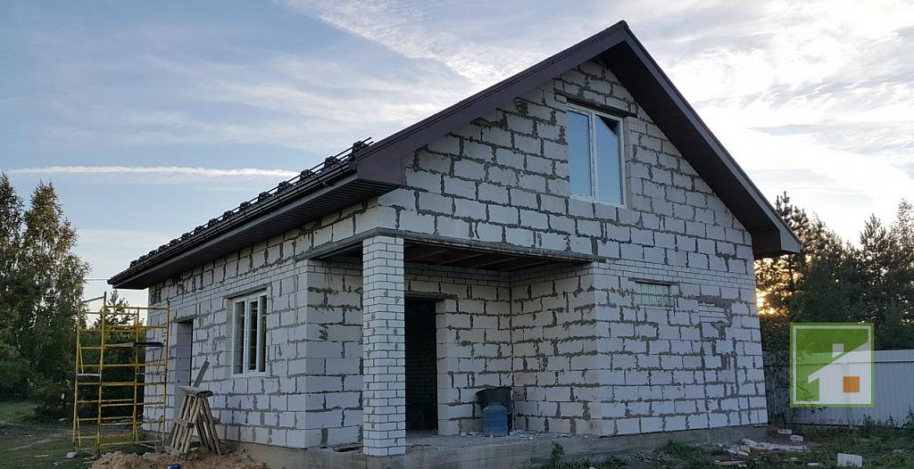 Плюсы и минусы домов из газобетона и отзывы владельцев, живущих в таких домах