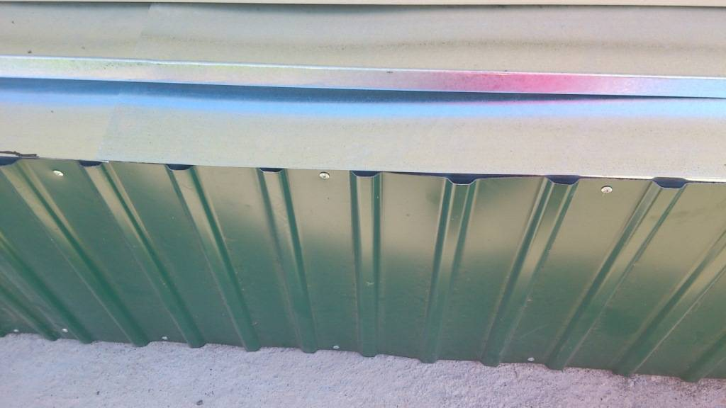 Отделка цоколя керамогранитом: плюсы и минусы материала и применения для облицовки частного дома, фото, советы по монтажу вентилируемого и укладке на клей