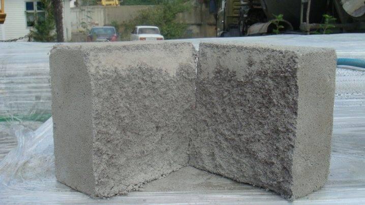 Вес газоблока 600х300х300: зависимость от плотности, влажности, для чего это нужно знать