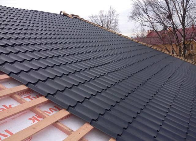 Устройство кровли из металлочерепицы: технология монтажа и конструкция металлочерепичной крыши
