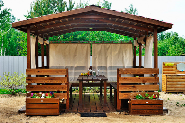 Строительство четырехскатной крыши для беседки: характеристики конструкции и пошаговая инструкция