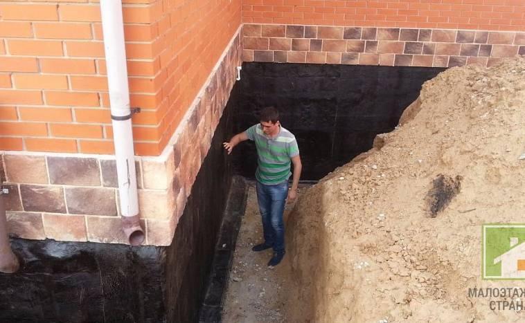 Погреб в доме с ленточным фундаментом: устройство помещения, инструкция по строительству, ошибки и рекомендации
