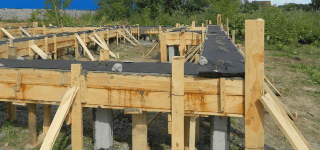 Свайный фундамент под дом 6х6: стоимость материалов, сколько составит цена под ключ свайно-винтового, железобетонного и буронабивного, а также виды монтажа