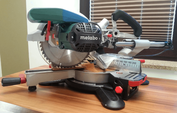 Торцовочная пила Metabo и как грамотно выбрать инструмент: обзор популярных устройств и отзывы покупателей