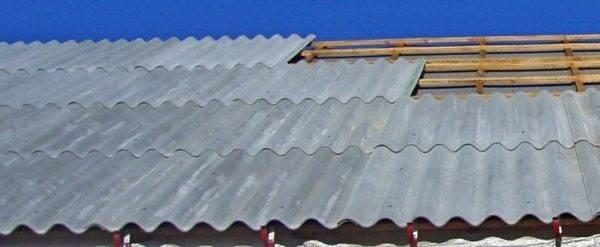 Обрешетка крыши: монтаж, размеры и устройство доски на кровле, шаг обрешетки в конструкции крыши и расчет сплошного основания