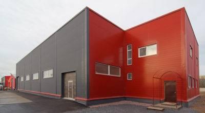 Цена на стеновые сэндвич-панели: сколько стоит 1 м2 материала для монтажа быстровозводимых зданий, стоимость работ, расчет расходов, составление сметы