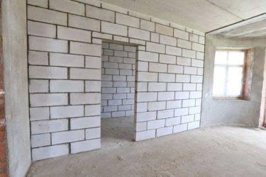Перегородки из газобетонных блоков: размеры, требования, монтаж
