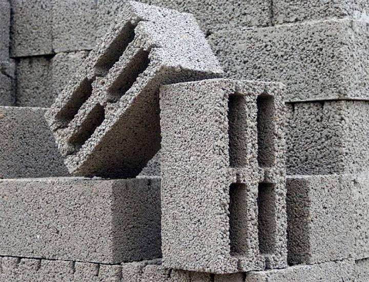 Строительство подпорной стены из блоков фбс