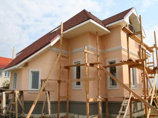 Разновидности цементно-песчаной штукатурки для внутренних работ и отделки фасадов здания