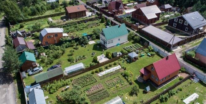 Достоинства и недостатки возведения жилого дома на землях лпх и можно ли строить его без согласования
