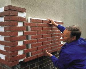 Клинкерные фасадные панели: когда утеплитель не нужен