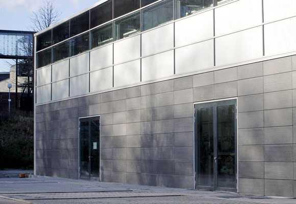 Фасадные панели для наружной отделки дома: облицовка винилом