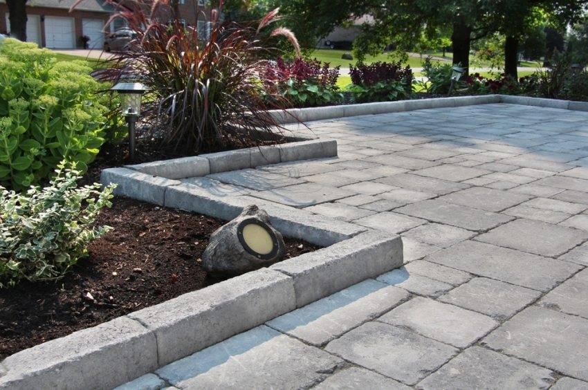 Отмостка из тротуарной плитки своими руками: пошаговая инструкция