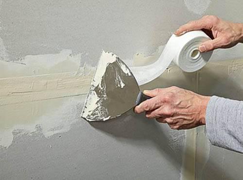 Чем замазать стены после штробления. чем лучше заделать штробы после укладки проводки, чем замазать стену после штробления? заделываем штробы правильно