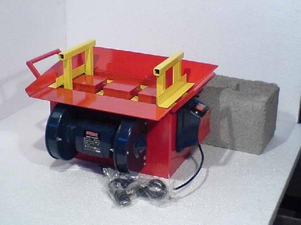 Оборудование для шлакоблоков своими руками: создание формы из дерева и металла. изготовление вибростола. производство шлакоблока безвибрационным и вибрационным способом. приготовление раствора