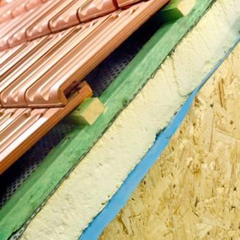 Можно ли качественно подшить карниз крыши профнастилом?