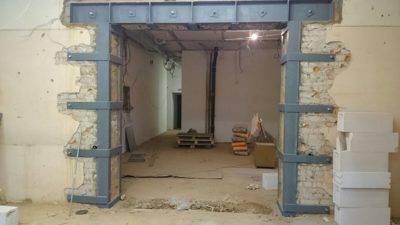 В каких стенах можно делать проем для прохода, а в каких нет, можно ли его вырезать в несущей стене панельного дома