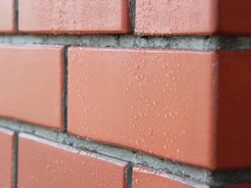«кирпичная» стена из штукатурки своими руками: имитация кладки кирпича, как сделать кирпичики из гипсовой смеси – ремонт своими руками на m-stone.ru