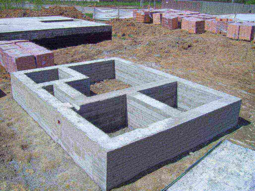 Стоимость фундамента для дома размером 10 x 10 метров