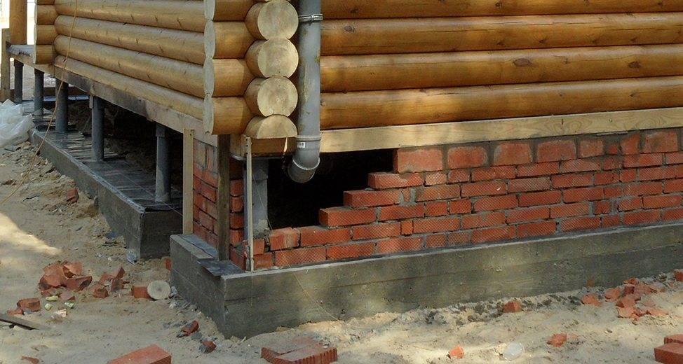 Цоколь на свайно-винтовом фундаменте: закрываем, отделываем, обшиваем и утепляем