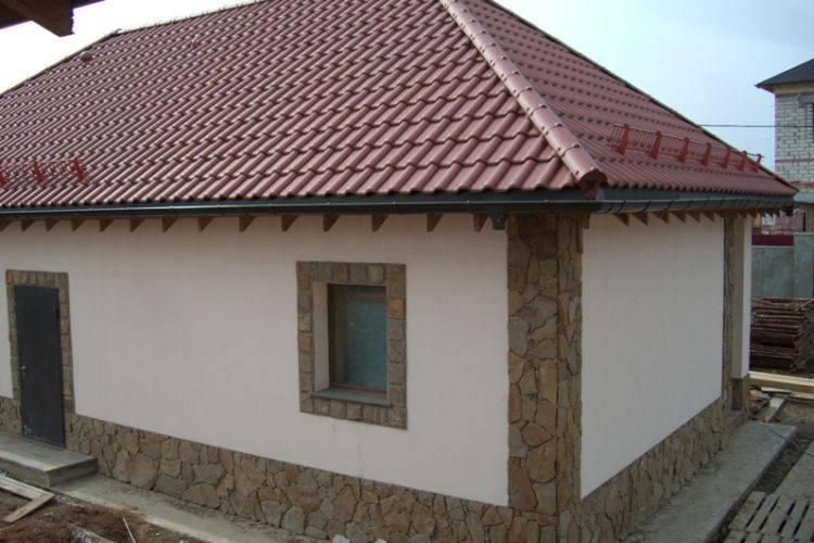 Чем обработать фасад дома, фото частных домов, штукатурка короед для работы