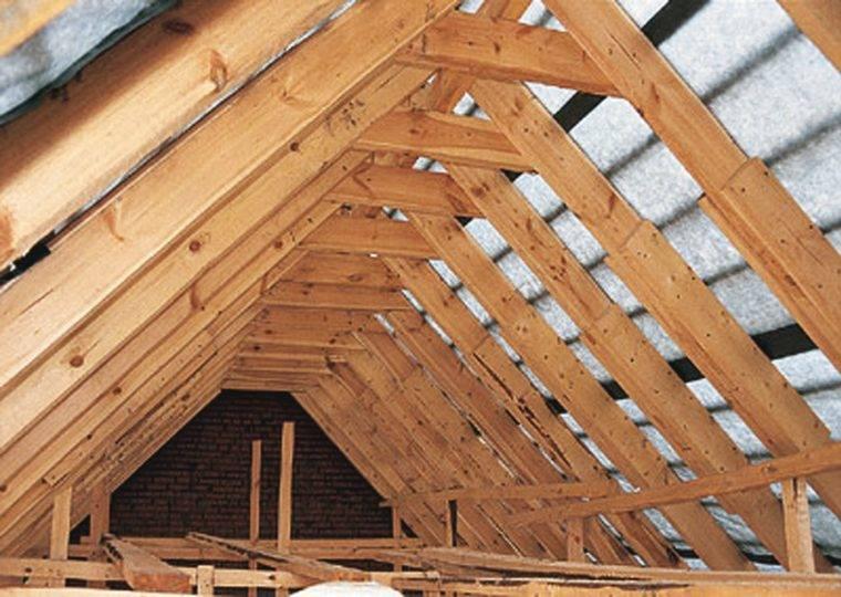 Какая крыша лучше двухскатная или четырехскатная
