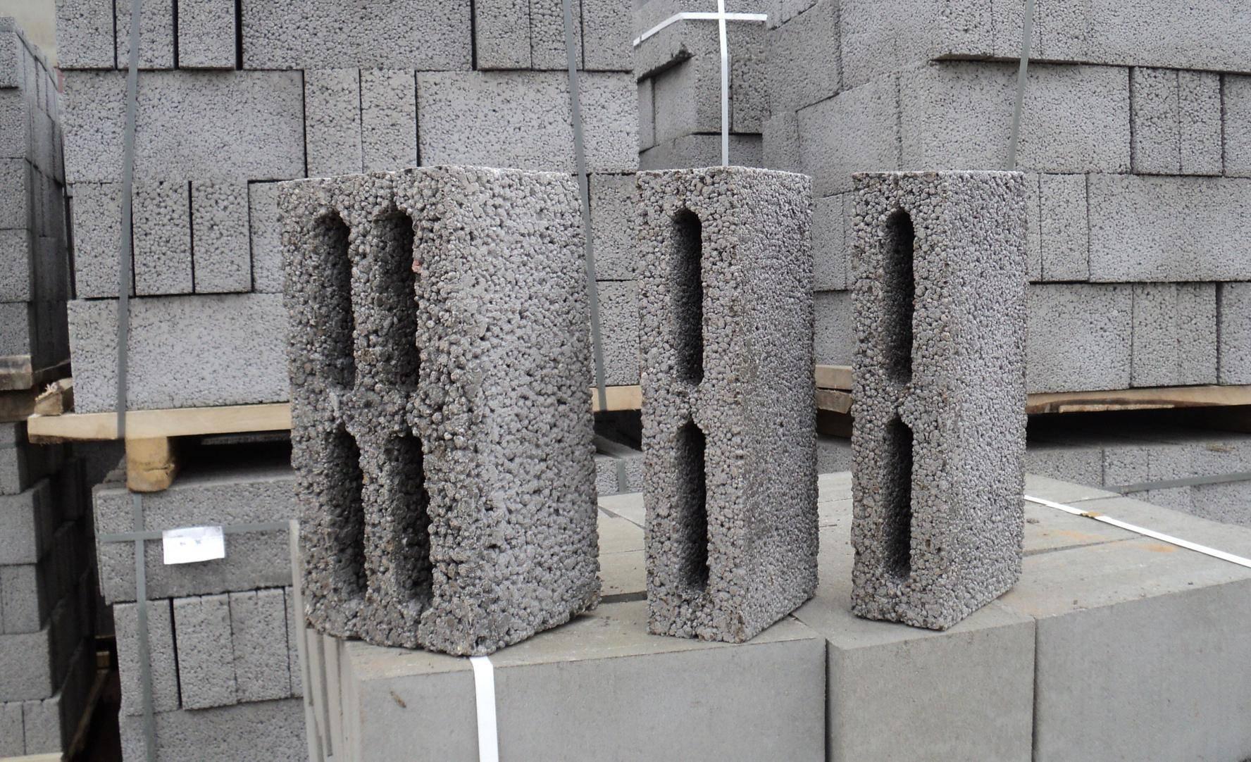 Вес керамзитобетонных блоков: сколько весит 1 блок 20х20х40 и 390х190х190? вес стеновых блоков 390х188х190 и других размеров