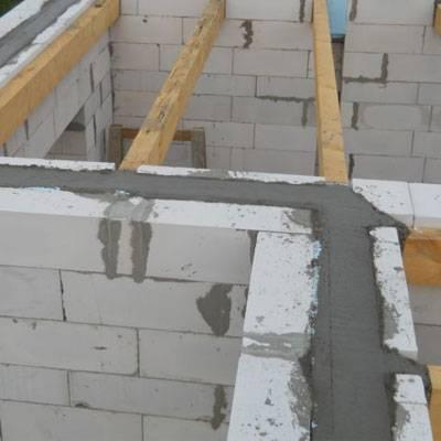 Армопояс под крышу — зачем он нужен и как его смонтировать?стройкод