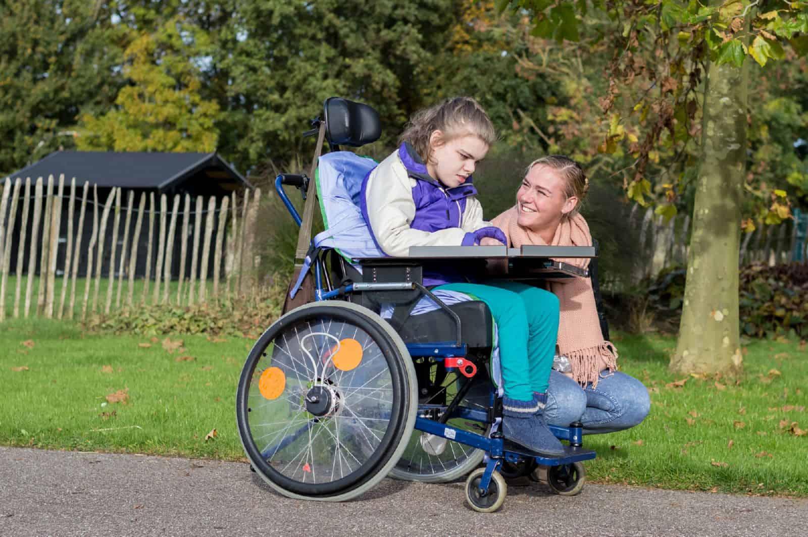 Как инвалид может бесплатно получить земельный участок?