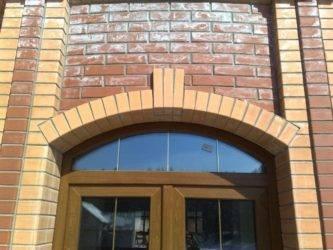Обрамление окон на фасаде дома как называется