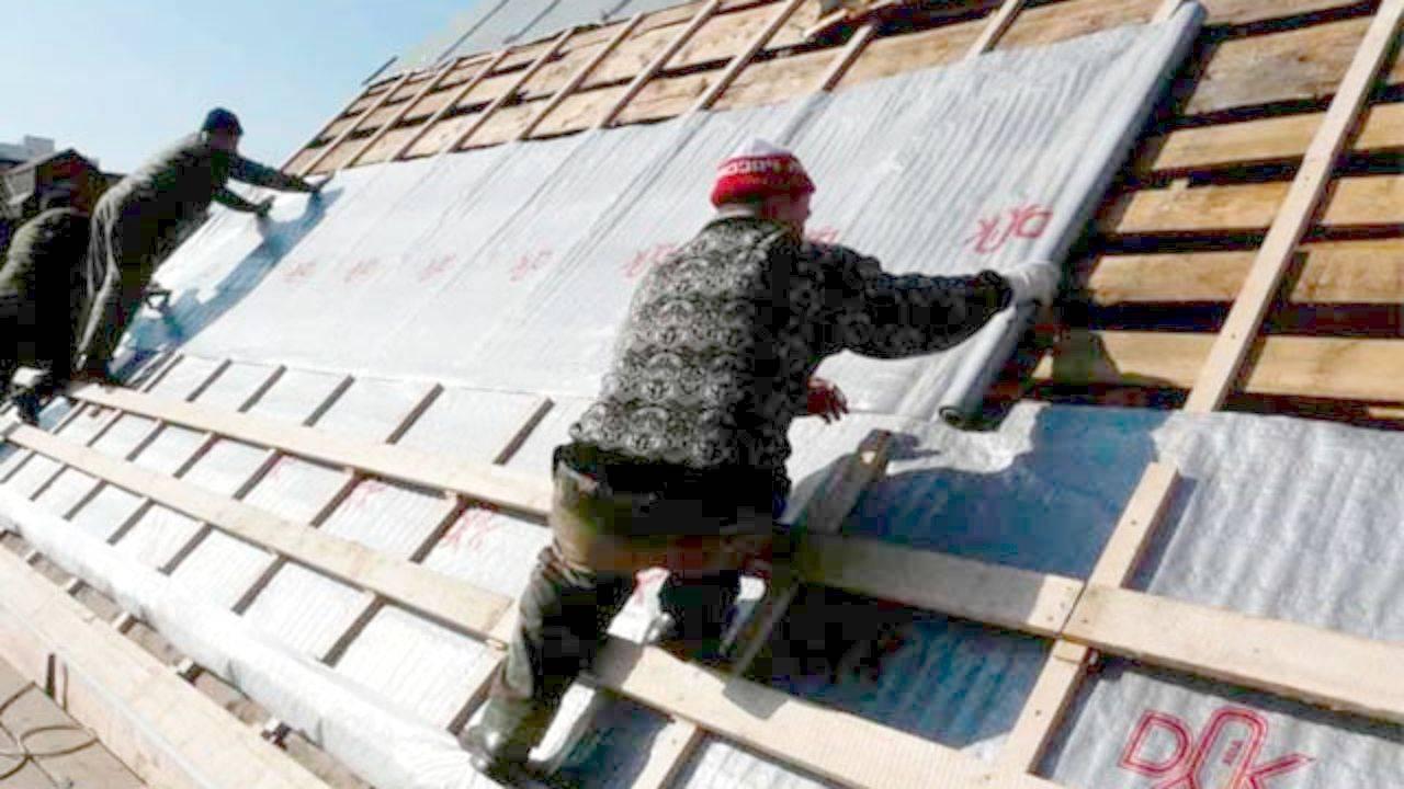 Гидроизоляция под металлочерепицу: пароизоляция кровли, гидроизоляционная пленка для крыши дома - какая нужна, инструкции по монтажу