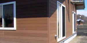 Достоинства и недостатки металлических фасадных панелей для наружной отделки дома