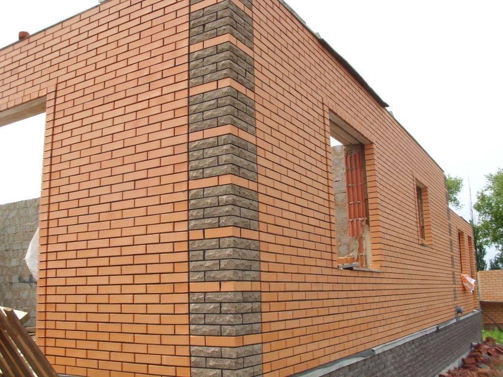 Отделка фасада кирпичом: виды материалов и кладки + 34 фото домов