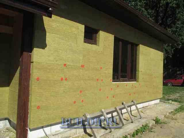 Чем утеплить дом из пеноблоков снаружи: видео-инструкция по монтажу своими руками, фото