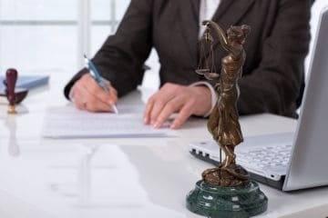 Заверение договора купли-продажи квартиры у нотариуса – цена, порядок процедуры, сроки