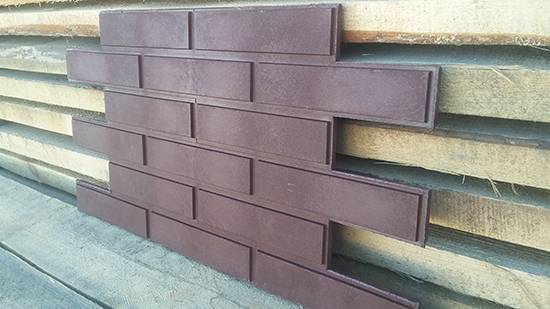 Фасадные панели под кирпич (53 фото): облицовочные материалы для внешней отделки фасада, терракотовый и другие популярные цвета для наружного оформления дома, античный дизайн и декоративный камень