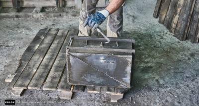 Что такое форма для производства шлакоблока и как её сделать своими руками?