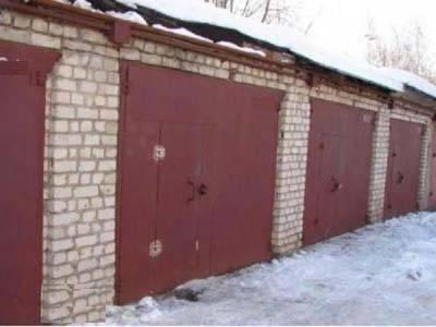 Как осуществляются сделки с землей под гаражом в гаражном кооперативе?