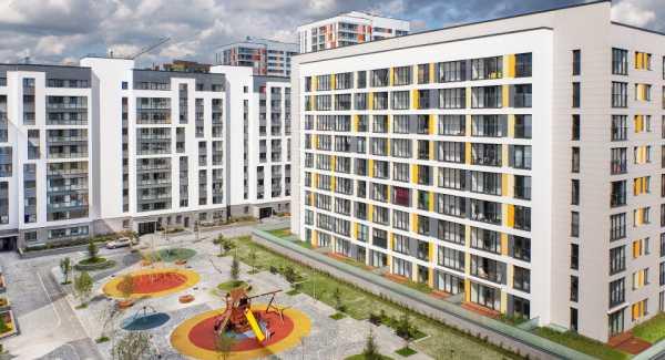 Как определяется срок полезного использования и амортизационная группа зданий, в том числе бывших в эксплуатации