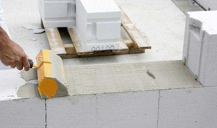 Клей для пеноблоков – инструменты для нанесения и правильное использование (80 фото) – строительный портал – strojka-gid.ru
