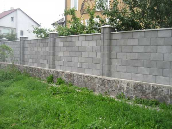 Блоки для забора (38 фото): декоративные ограждения из шлакоблока, пеноблоков и пескоблока, бетонные и керамзитобетонные ворота