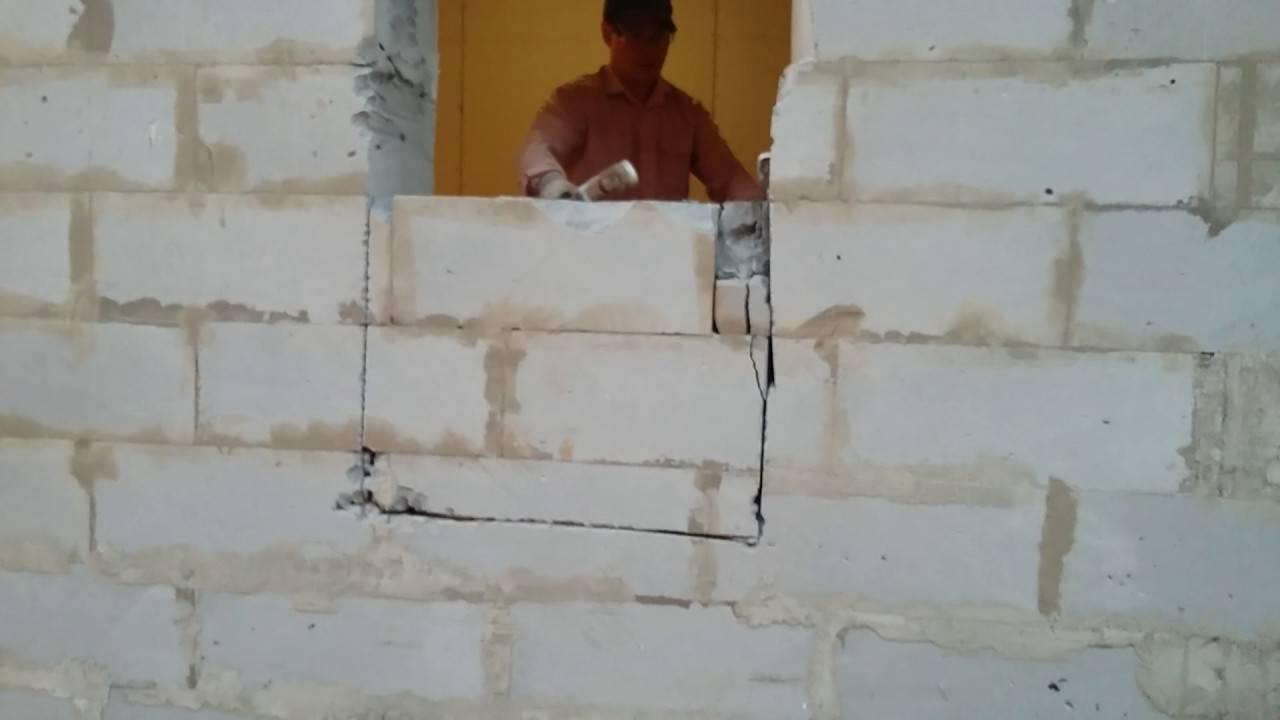 Как сделать оконный проем в газобетонной стене?