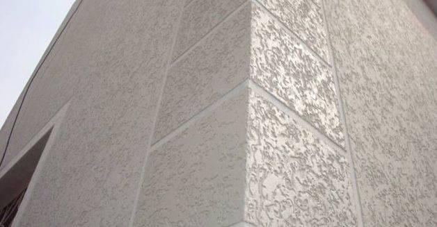 Декоративная штукатурка цоколя: виды, подготовка поверхности и как сделать смесь и уложить ее своими руками, какие есть способы отделки этой части фундамента дома?