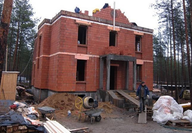 Как построить дом из керамических блоков, или новые технологии обработки глины для строительства