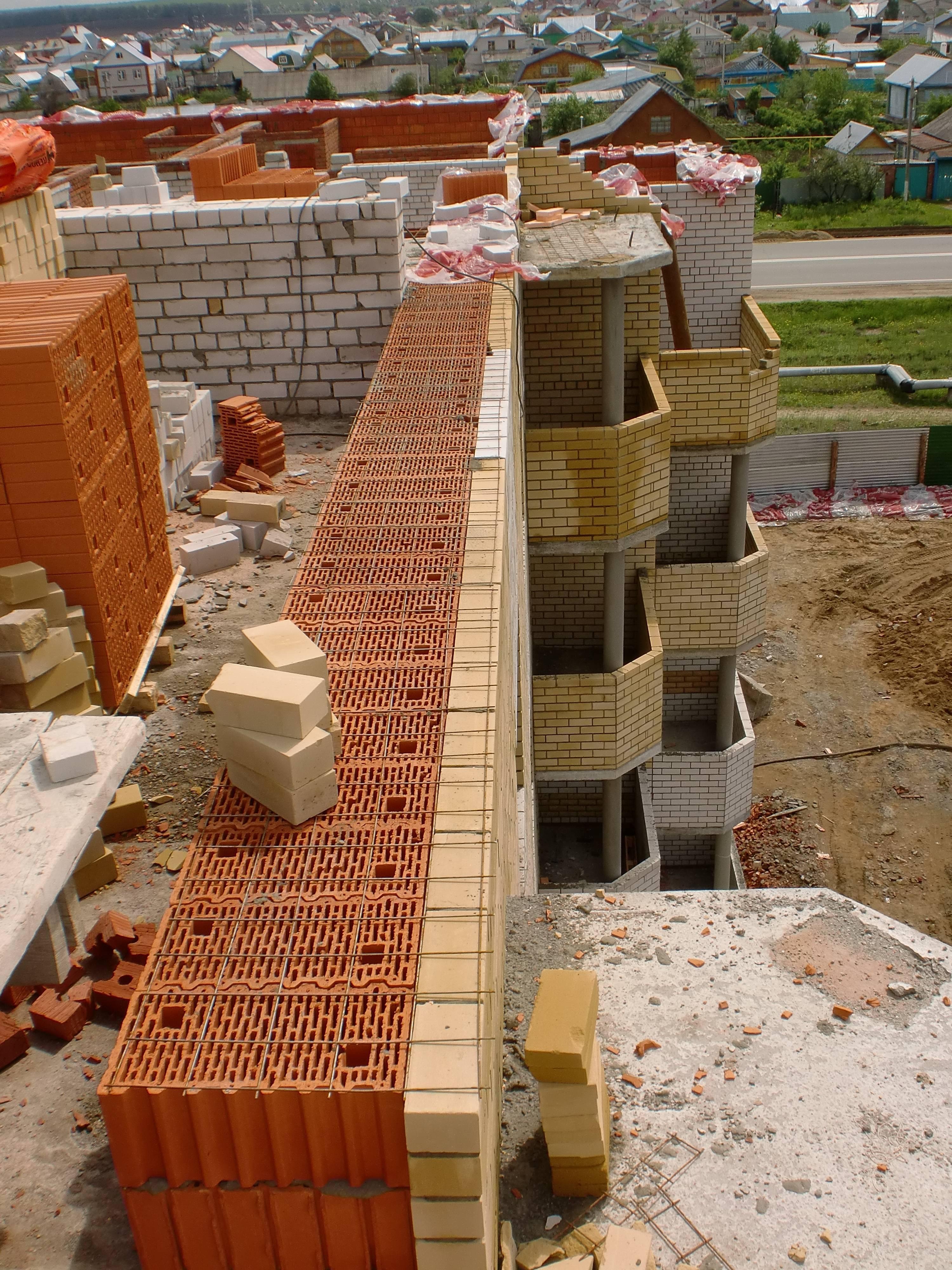 Поризованные керамические блоки: плюсы и минусы материала
