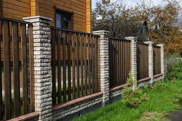 Забор из профнастила на ленточном фундаменте цена